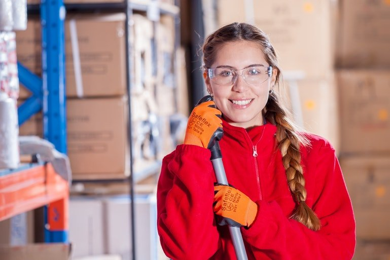 picking and packing - warehouse laborer